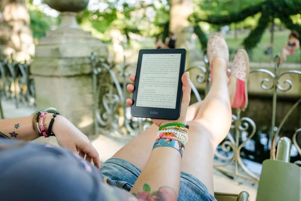 Reading Books Online: Can It Be Adopted?